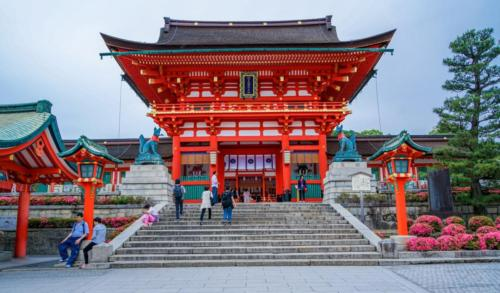 02 japonsko fushimi-inari-taisha-shrine-kyoto-japan-temple-161401