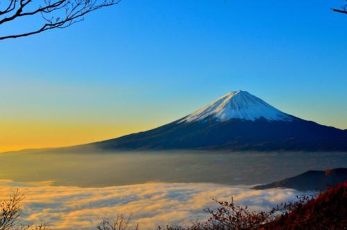 03 japonsko mt-fuji-sea-of-clouds-sunrise-46253